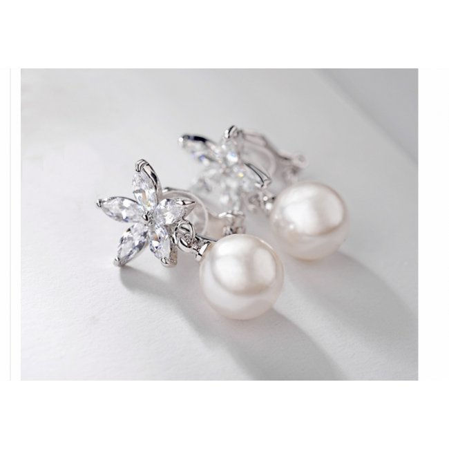 Silver clip earrings (with clips) floral pattern with white pearl and SW White Crystals