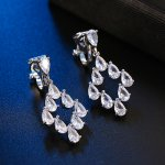 Cercei clips  argint si elemete SW model romb Crystal Love