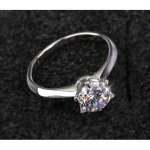 Beauty engagement ring